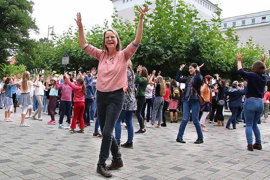 Der Clara-Schumann-Chor beim Singe-Flashmob